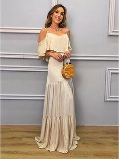 8bdc71e0d0 7 melhores imagens de Vestido de Noiva Chic Básico