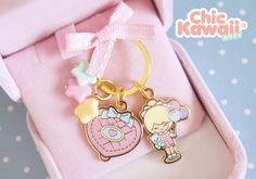 Lovely Chic Kawaii similar Polly pocket key chain cute kawaii game retro vintage toys nostalgia Cute Patches, Pin And Patches, Cute Crafts, Diy And Crafts, Kawaii Games, Indie Art, Get Nails, Cool Pins, Polly Pocket