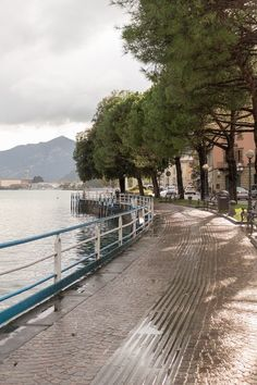 Lake Iseo could easily be Italy's best kept secret. It is less famous than lakes Como and Lugano but just as beautiful. Lake Iseo is in Lombardy. It is between the bigger lakes Garda and Como. It is quiet and authentic. You better go now, before the crowds discover it!