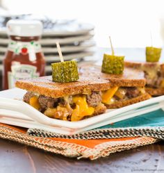 Mini Patty Melt Sliders - Garnish with Lemon