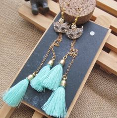 brinco longos long earrings  Price:     US $9.55