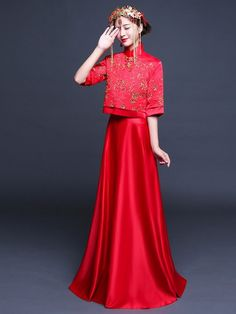 Qun Kwa in Various Style Chinese Wedding Dress Traditional, Chinese Wedding Decor, Traditional Dresses, English Wedding Dresses, Red Wedding Dresses, Japanese Fashion, Asian Fashion, Bridesmaid Shawl, Weeding Dress