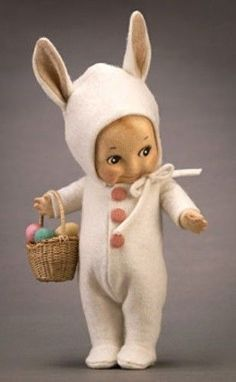 R John Wright Dolls - Kewpie Bunny® all felt, fully jointed. Holds miniature basket of painted wooden eggs. Date of Release: 2002 Ltd. 250 Name: Kewpie Bunny® Description: 6 Costume Lapin, Doll Toys, Baby Dolls, Cupie Dolls, Kewpie Doll, John Wright, Bisque Doll, Old Dolls, Vintage Easter