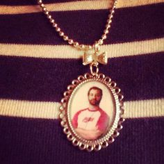 This Judd Apatow pendant: | The 30 Most Ambitious Style Choices Lena Dunham Made In 2013