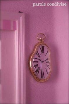 Clock for an Alice in Wonderland pink themed nursery Casa Disney, Disney Rooms, Disney Playroom, Room Ideas Bedroom, Bedroom Decor, Nursery Ideas, Alice In Wonderland Room, Photowall Ideas, Indie Room
