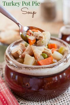 Turkey Pot Pie Soup - an easy recipe to use up Thanksgiving leftovers. Simple to make it gluten free, too! | cupcakesandkalechips.com