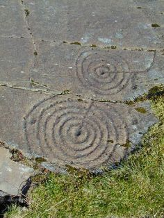 Scotlands History Cup and ring is a form of prehistoric art found widely throughout the world from India to Brazil. The best Scottish examples are at Balnachraig (Kilmartin Glen, Argyll), Beauly (near Inverness), and Dalgarven Mill (near Kilwinning).