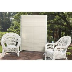 A Perfect Fit For Any Sized Area, The Outdoor Wicker Partition Is Available  In Two Sizes.