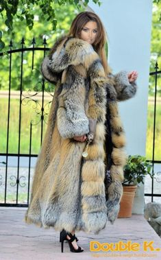 Nadire Atas on Women's Designer Fur Coats & Jackets fox furs - exclusive saga fox fur fantastic long fur coat fox ! Fur Fashion, Winter Fashion, Style Fashion, Long Fur Coat, Fur Coats, Long Coats, Fabulous Furs, Fox Fur, Winter Wear