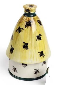 A Wemyss honey pot and cover, 18.5cm high