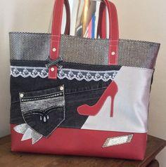 """Sac format cabas ou"""" Tote bag"""" En jean Noir simili Rouge et argent.et noir argenté Sac  sûr thème Féminité  ,d un format de 40x 35 environ. Doublure en coton imprimé à mo - 19426611"""