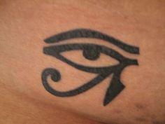 eye-of-horus-tattoo-60302 - faraaer.ro
