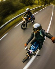 Das Wochenende mit und Niki Mair The weekend with and Niki Mair Blitz Motorcycles, Vintage Motorcycles, Weekender, Motorcycle Photography, Cafe Bike, Gopro Photography, Motorcycle Bike, Twin Turbo, Biker Style