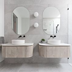 All About Comfort and Entertainment in Contemporary Bathrooms Steam Showers Bathroom, Bathroom Spa, Bathroom Renos, Master Bathroom, Bathroom Lighting, Contemporary Bathrooms, Modern Bathroom, Minimalist Bathroom, Small Bathrooms