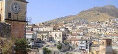 «Salii a Cassano, piccola città costruita su un suolo ricco di caverne e bucato da grotte...» - See more at: http://www.viaggioincalabria.it/luogo/provincia-di-cosenza/cassano-dello-jonio/salii-a-cassano-piccola/#sthash.fy7Hi2n2.dpuf
