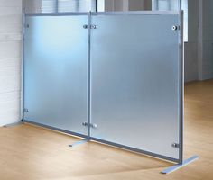 Glass-front low partition FREESTANDING Shopkit