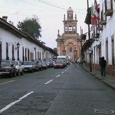Calle Ramos Templo del Santuario Centro histórico Pátzcuaro  #patzcuaro #pueblomagico
