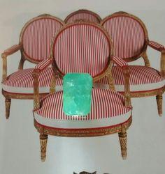 Emerald 3 carats Milogis gallery Paris.