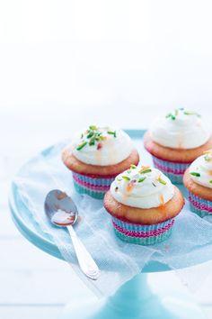 vanilla, grapefruit and pistachio cupcakes