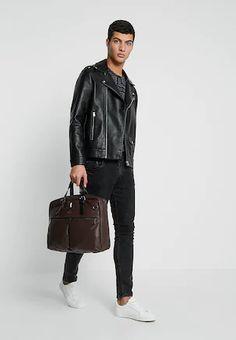Hnědá, Béžová Pánské tašky pro agilní způsob života   ZALANDO Leather Jacket, Jackets, Fashion, Studded Leather Jacket, Down Jackets, Moda, Leather Jackets, Fashion Styles, Fashion Illustrations
