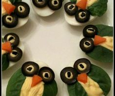 Owl Deviled Eggs One of the things that make deviled eggs so fun to eat is that they are small enough to hold with two fingers and devour within a few bites. However, the fun level goes up a notch with deviled eggs that look like owls, courtesy of black olives for the eyes, spinach for the sides of the face and a little pimento for the beak.