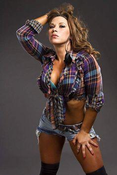 Former WWE Diva and TNA Knockout, female pro wrestler and singer Mickie James Wrestling Stars, Wrestling Divas, Women's Wrestling, Wwe Women's Division, Mickie James, Wwe Girls, Wwe Tna, Wrestling Superstars, Girl Celebrities