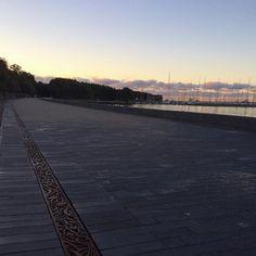 Smuk morgen ☀️☁️ #sonderborg #promenade #landshapelover #architechture #tegl #klinker #belægning #morningsun