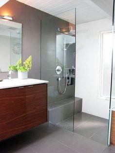 My Houzz: A Cliff May Home Leads the Way in Long Beach - modern - bathroom - orange county - Tara Bussema
