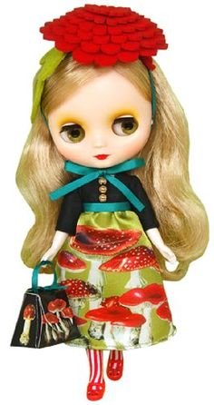 Middie Blythe - Nekogutsu Zukin (CWC Produce Collaboration Doll) Takara Tomy http://www.amazon.co.uk/dp/B00BBSC094/ref=cm_sw_r_pi_dp_yPM0ub0ZVAJE5