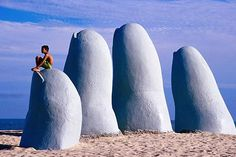 Punta del Este (Uruguay) i want to go there and pretend im sleeping in God's hand. Montevideo, Lonely Planet, The Places Youll Go, Places To See, Travel Around The World, Around The Worlds, In Loco, Argentine, South America Travel