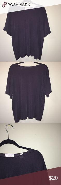 """LORD & TAYLOR VINTAGE SOFT BLACK SHORT SLEEVE TOP ⋅Vintage Lord & Taylor black t-shirt (a bit sheer when pressed firmly against skin) ⋅Condition: Good, no damage found ⋅55% rayon 45% cotton  ⋅Measurements: armpit to armpit: 24""""  Length: 24"""" Waist: 24"""" WILL LINT ROLL BEFORE PURCHASING :-) Lord & Taylor Tops Tees - Short Sleeve"""