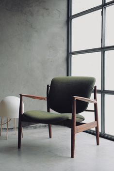 Step into the universe of Finn Juhl. House of Finn Juhl is part of Onecollection – unique sculptural furniture designed by Finn Juhl – Danish design.