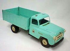 IH GRAIN TRUCK Vintage Trucks, Vintage Toys, Retro Vintage, 1980 Toys, Tonka Toys, Collectible Toys, Design Palette, Baby Memories, Toy Trucks