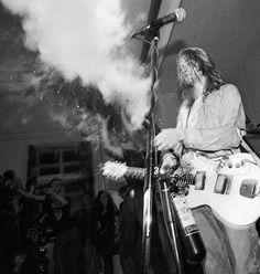 Kurt Cobain Photos, Nirvana Kurt Cobain, Pretty Songs, Donald Cobain, Dave Grohl, Linkin Park, Pretty Men, Most Beautiful Man, My Crush