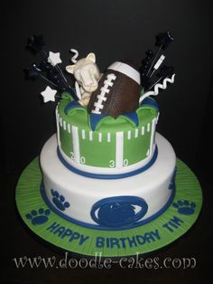 Nittany Lions' Fan Turns Penn State Nittany Lions cake for a Bday. Teen Boy Birthday Cake, Custom Birthday Cakes, Birthday Cakes For Teens, Football Birthday, Custom Cakes, Birthday Ideas, Doodle Cake, Sports Themed Cakes, Lion Cakes