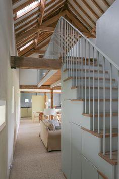http://quakerbarns.co.uk/hall-barn Interior of Hall Barn, Norfolk