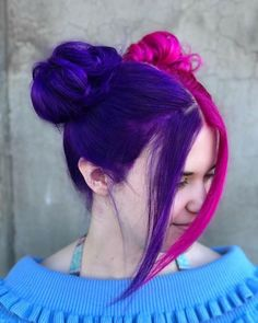 30 Nice Purple Color Hairstyles Ideas For Women - New Site Dyed Hair Purple, Hair Color Purple, Hair Dye Colors, Green Hair, Blonde Color, Two Color Hair, Cool Hair Color, Short Dyed Hair, Half And Half Hair