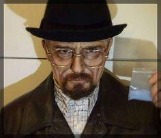 Walter White deve aparecer em Better Call Saul, diz criador