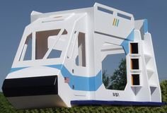 This may be the coolest bunk bed ever!