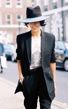 Stylish Office Wear – Πως να ντυθεις για το γραφειο με στυλ – FaShionFReaks