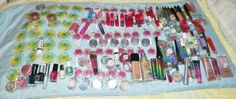 assorted makeup lot damaged items salvage store pulls over 150 items