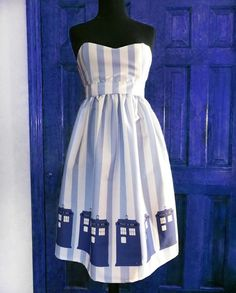 PLEASE ...somebody...pretty pretty please - put your bridesmaids in this TARDIS DoctorWho dress!