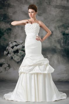 US $372.00 | Satin Sweetheart Sweep Train Sheath Embroidered Wedding Dress