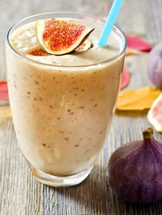 Eiweißshake mit Feigen – Low-Carb-Eiweiß-Diät-Rezept – Keep up with the times. Healthy Smoothies, Healthy Drinks, Smoothie Recipes, Low Carb Protein, Vegan Protein, Great Recipes, Vegan Recipes, Food Diary, Honey