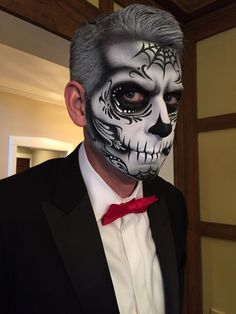 Make Up - Perfect for babe sugar skull for man - Wallpaper Pinme Sugar Skull Face Paint, Sugar Skull Makeup, Sugar Skulls, Candy Skulls, Dead Makeup, Makeup Art, Male Makeup, Makeup Ideas, Halloween Makeup Looks