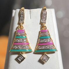 flat big earring with american diamond