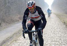 Stijn Devolder on the cobbles