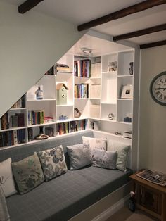 42 Charming Reading Nook Design Ideas Under The Stairs Basement Stairs Charming design ideas nook reading Stairs Staircase Storage, Stair Storage, Staircase Design, Stair Drawers, Under Stairs Nook, Under Staircase Ideas, Storage Under Stairs, Living Room Under Stairs, Under Basement Stairs