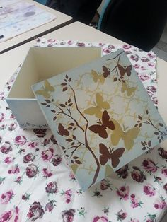 Stencil Art, Stencils, Arts And Crafts, Diy Crafts, Decoupage Box, How To Make Box, Tole Painting, Vintage Wood, Paper Art