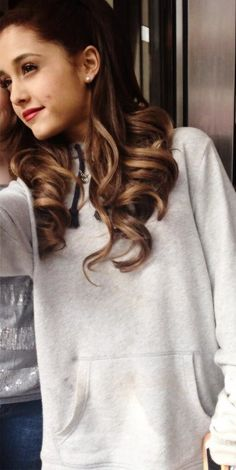 Ariana with pretty Ombre hair